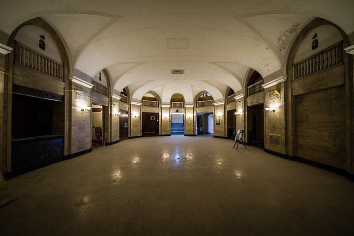 The Morton, grand hall