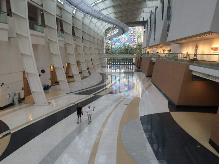 Lobby DeVos Place 2016 Artprize