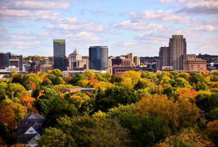 Cityscape of downtown Grand Rapids, facing east.