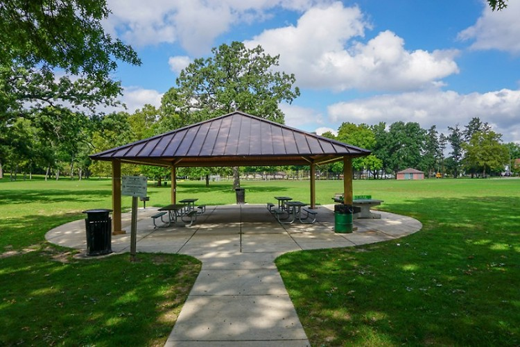 Picnic shelter at Garfield Park in Grand Rapids.