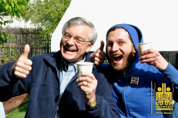 Mayor George Heartwell and Dallas McCulloch give a thumbs up at the High Five Trash Free Tasting Party.