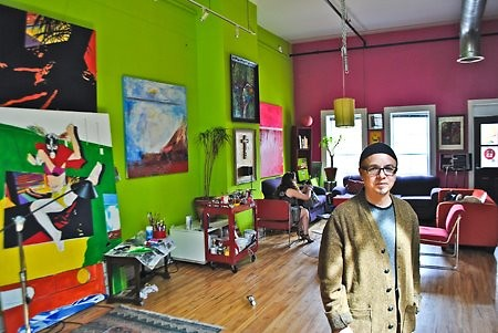 Artist Hugo Claudin in his venue, Mexicains Sans Fronteries