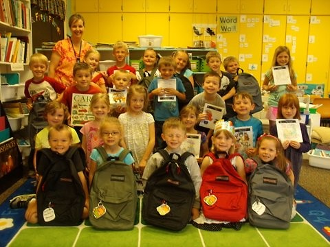 Students in Mary Frey's kindergarten class at Kettle Lake Elementary