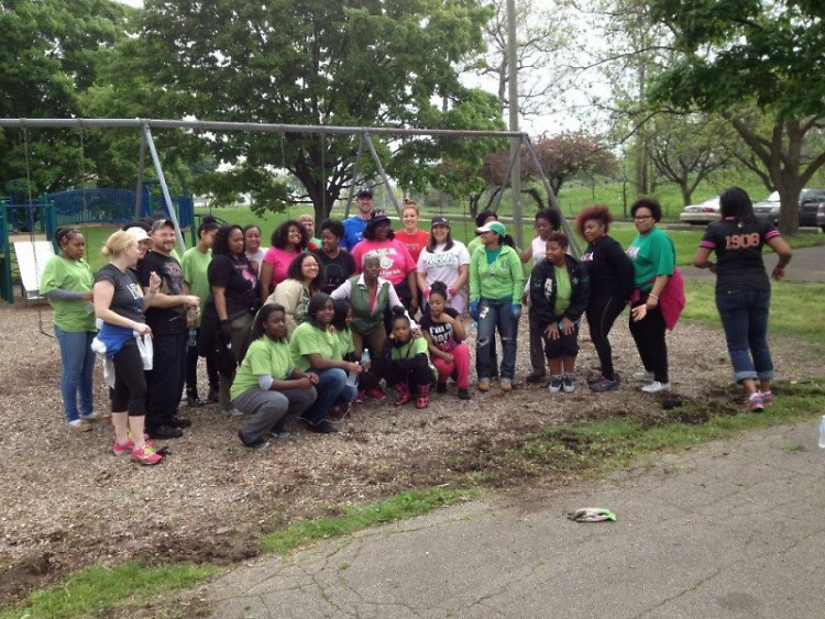 Friends of Grand Rapids Parks Spring Spruce Up