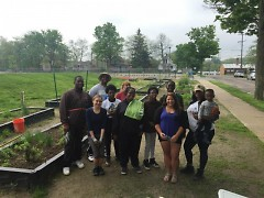 Citizen foresters with Friends of Grand Rapids Parks