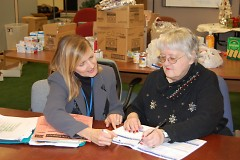 Access SNAP Outreach staff visits local food pantries to help folks sign up for benefits.