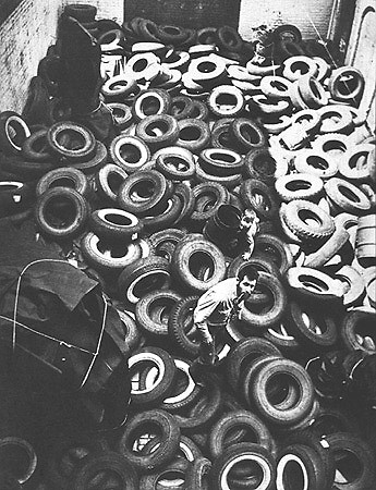 Allan Kaprow in Yard, 1961, a Happening at Martha Jackson gallery