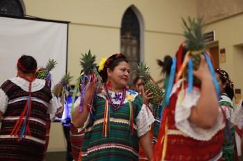 Las zoquitecas opening la segunda Conferencia Mujer En Resistencia 2018