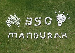 Neighbors in Australia exchange incandescents for CFLs in honor of 350 day.