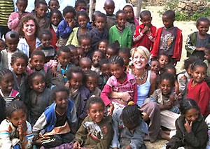 Art Aid Founder Stephanie Schlatter travels to Ethiopia to bring literacy through art