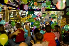 Ballon Drop at the Children's Museum