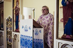 Rev. Michael Bliszcz delivers his homily to Sunday congregants.