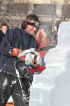 Ice sculpting at Winterfest