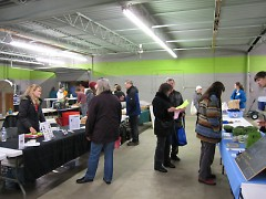 West Michigan Co-op members shop at the March 2014 pick-up night.