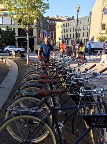 Jay Niewieck of The Spoke Folks with the new Spokefly bikes downtown