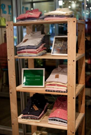 Shirt shelf