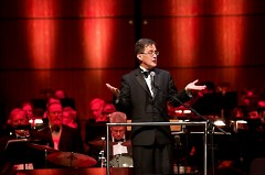 Associate Conductor John Varineau will lead the Grand Rapids Pops in 'Sinatra and Beyond' starring Tony DeSare.