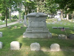The Leonard Family plot