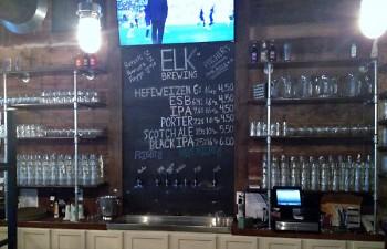 The bar at Elk Brewing